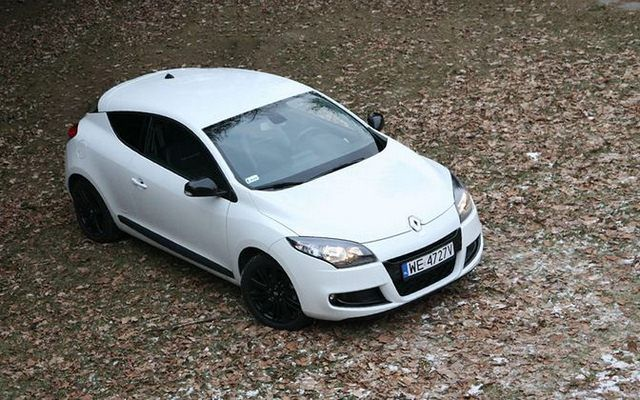 test renault megane monaco gp 1 4 tce 130 km mro ny test. Black Bedroom Furniture Sets. Home Design Ideas