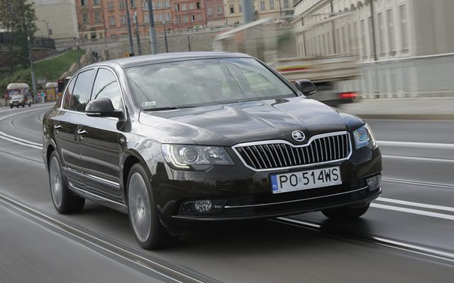skoda-superb-laurin-2