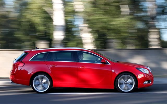 Opel Insignia BiTurbo 4x4 Sports Tourer