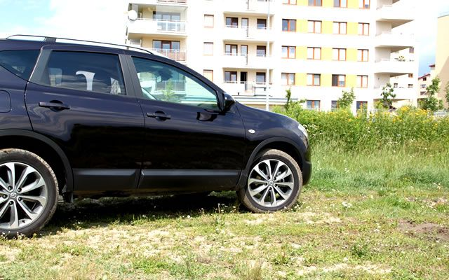 test nissan qashqai 1 6 dci 130 km downsizing opinie dane foto. Black Bedroom Furniture Sets. Home Design Ideas