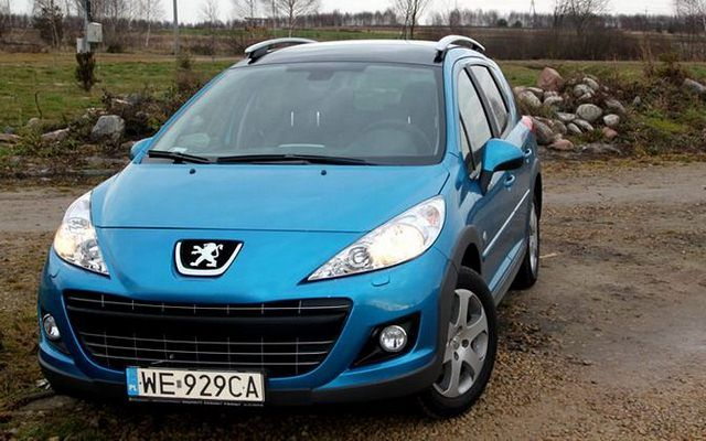 Peugeot 207 SW Outdoor 1.6 HDi 112 KM