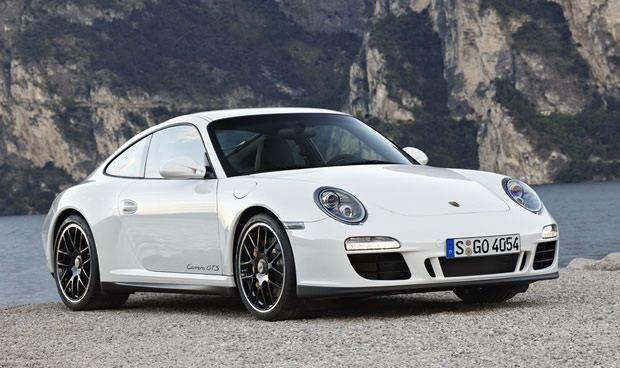 Porsche 911 GTS Carrera