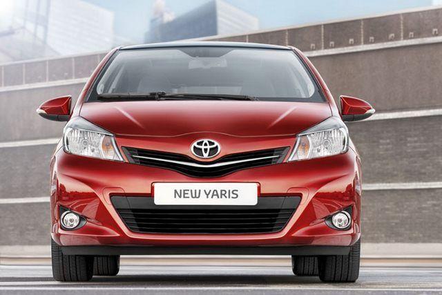 Toyota Yaris - przód