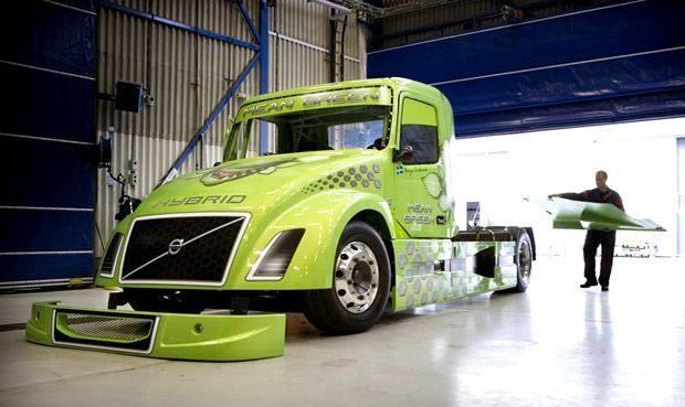 Volvo Truck - ciężarówka z napędem hybrydowym